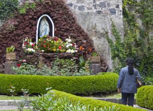 Shrine to Mary, Mexico City